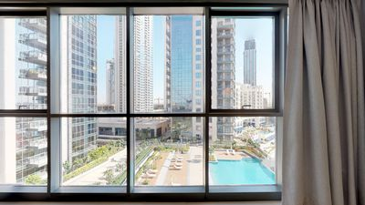 Photo for ★2BR 2.5BTH+Harbour Views/ Balcony/ Pool/Parking★