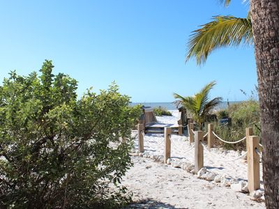 Photo for Starfish Cottage Beachside adorable 2 BR pet firendly