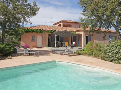 Photo for Southern French style villa situated on a hill, 25 km from Saint-Tropez