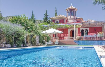 Photo for 6 bedroom accommodation in Baena