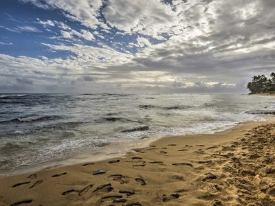 Photo for Private Honolulu Cottage w/ Lanai & Beach Access!