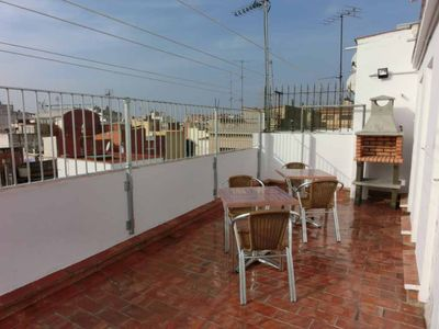 Photo for Apartment for up to 4 pers. with 1 room with A / C and terrace with barbecue