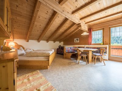 """Photo for Cosy holiday apartment """"Haus Hubertus - FeWo 5"""" with Wi-Fi, mountain view, balcony and beautiful view; restaurant and parking available"""