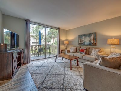 Photo for Seascape Villa 2 Bed/2.5 Bath Condo Close to the Beach and Coligny Plaza