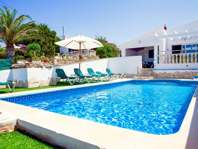 Photo for Welcoming villa with 3 bedrooms, private pool and aircon. High value for money.