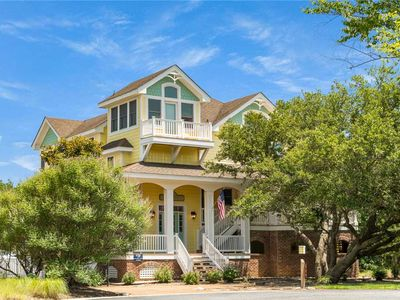 Photo for Starry Night: 6 BR / 5 BA house in Corolla, Sleeps 14