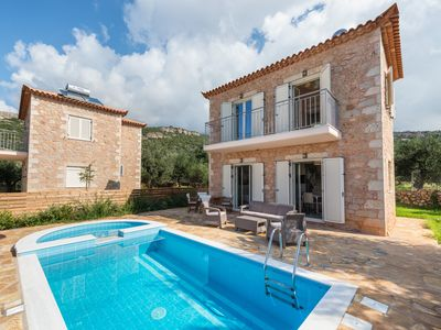 Photo for Villa Danae. Stone built with private pool in very quiet location.