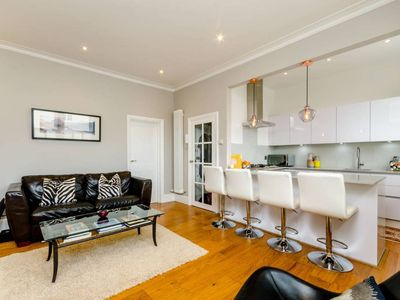 Photo for UP TO 20% OFF - Fab Fulham Road - One Bedroom Apartment, Sleeps 3 - Veeve