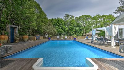 Photo for New Listing: Mins to Town & Beach, Pool, Hot Tub, Tennis Court