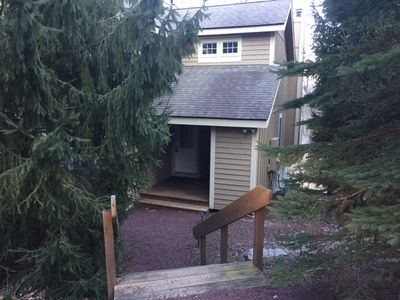 Photo for Cozy 2-bedroom town-home convenient to countless Mountain Adventures!