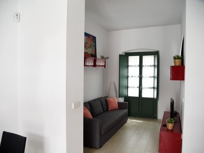 Photo for nice first floor flat in triana, 2mn walk from Plaza de Cuba