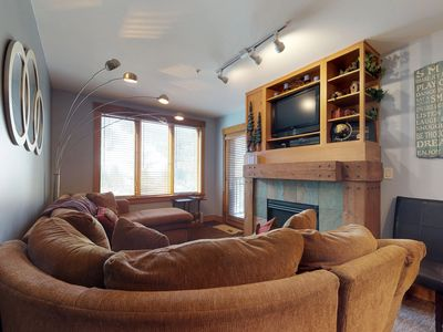Photo for Updated condo with shared hot tub, pool & sauna - walk to the gondola!