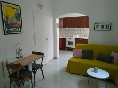 Photo for Cozy apartment in quiet area of Toulon