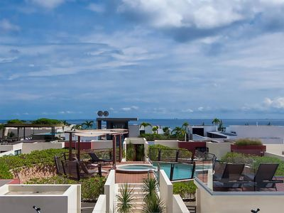 Photo for Paradise - Luxury Condo - Spring/Summer Special Rates