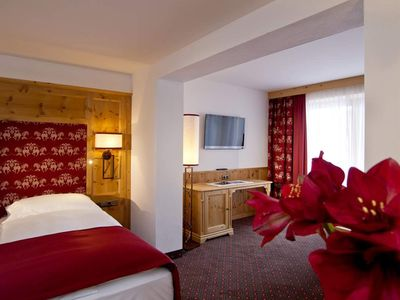 """Photo for Double room """"Country Life"""" with shower - Sporthotel Ellmau"""