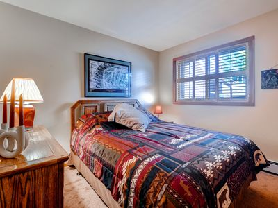 Photo for 2BR Wildernest Condo on free shuttle route w/fireplace & onsite pool/hot tub