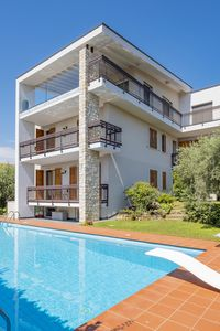Photo for Casa Claire-Apartment in Bardolino