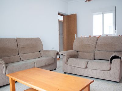 Photo for Spacious apartment in town centre