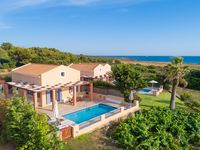 Great sea views, nice sunset in the evenings, wonderful villa, best service by agnitravel, friend...