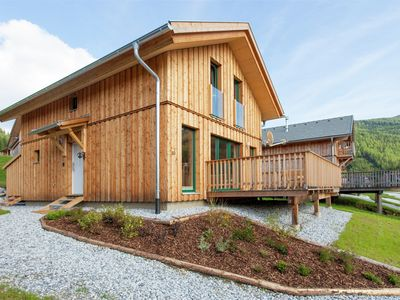 Photo for Luxury wooden chalet with wellness centre 300m from the lift and at an altitude of 1300m.