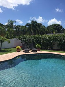 Relaxing Pool Home One Mile From The Beach!!