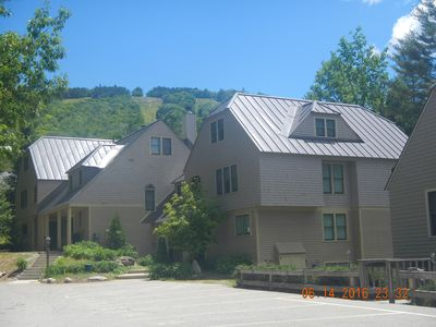 Photo for Close to Village! Right on Mt Cranmore with pool