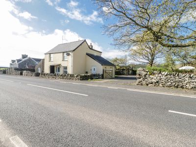 Photo for 5 CEIRNIOGE COTTAGES, family friendly in Pentrefoelas, Ref 980229