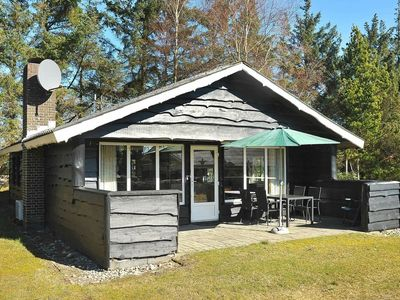 Photo for 4 person holiday home in Henne