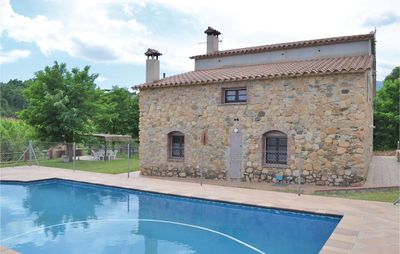 Photo for 4 bedroom accommodation in Riells i Viabrea