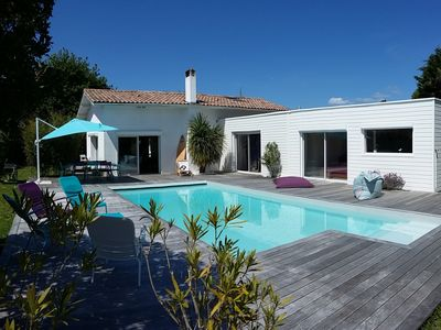 Photo for Large villa with pool, on the Bay of Arcachon, 4 bedrooms. 15 min from the PILAT