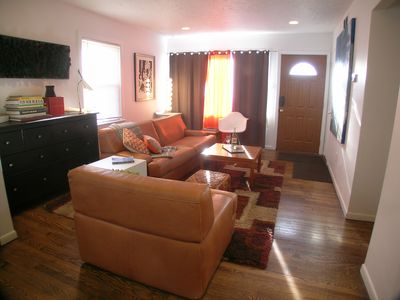 Photo for Entire house on 1 floor, fenced yard 10% off weekly/20% off monthly discounts