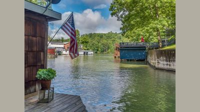 Photo for Affordable Lakefront Home! Cottage in the Cove-Carolina Properties Vacation