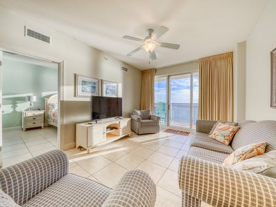 Photo for Inviting beachfront condo on 11th floor w/shared pool, hot tub, and beach access