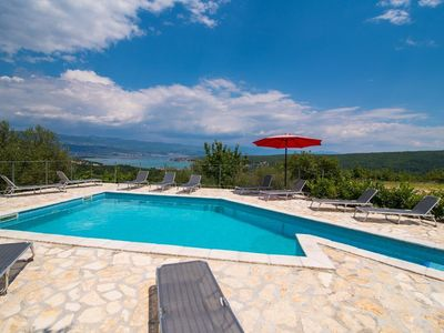 Photo for Holiday house Dobrinj for 10 persons with 4 bedrooms - Holiday house