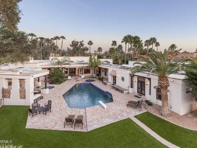 Photo for MILLION $ GETAWAY! MIND BLOWING RESORT ESTATE! SPORTS COURT+PUTPUT COURSE+&MORE