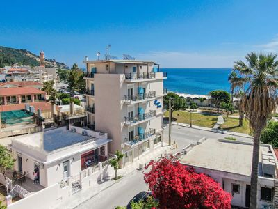 Photo for Sea La Vie-2 bedroom city Villa