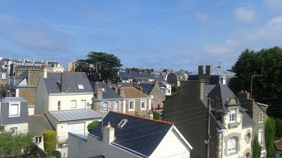 Photo for Charm and comfort, 3P 150 m from the thermal baths of Saint-Malo, Sillon beach, shops