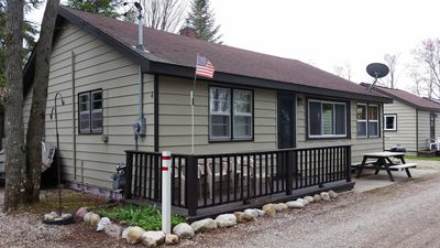 Photo For 3BR Cabin Vacation Rental In Houghton Lake, Michigan