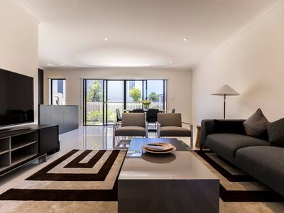 Photo for HomePlus - Escape to Modern Home in Hope Island