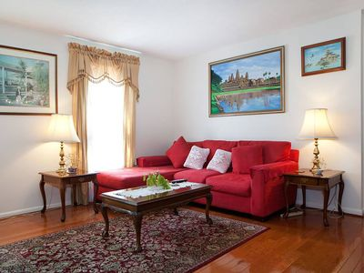 Photo for Town home close to Downtown Silver Spring and Metro, Redline and Ride On Bus