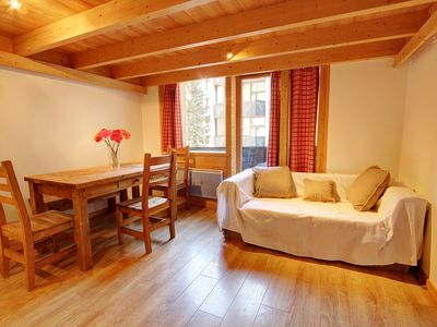 Photo for Duplex apartment within a few minutes walk from Grands Montets ski lifts