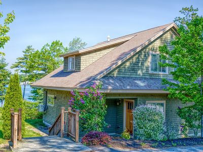 Photo for Truly Luxury Waterfront Cottage