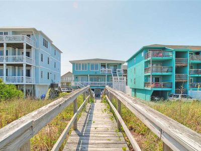 Photo for Shore To Relax Upper: 4 BR / 2 BA duplex - 1 side in Carolina Beach, Sleeps 12