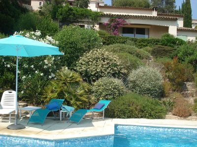 Photo for Nice neo Provençal villa with pool and an enchanting view of Roquebrune