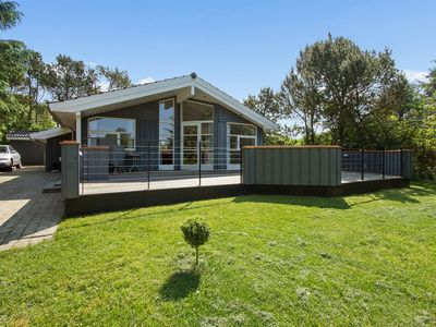 3 bedroom accommodation in Hals