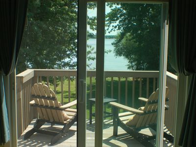 Photo for Charming beachfront cottage in Point Peninsula