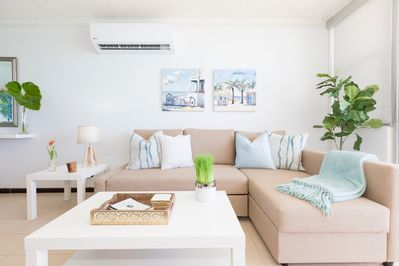 The cozy living room at Aguasalá