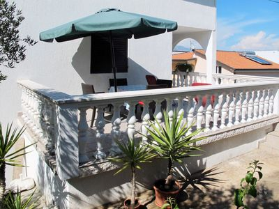 Photo for Apartment Neda (TGR303) in Trogir - 7 persons, 3 bedrooms