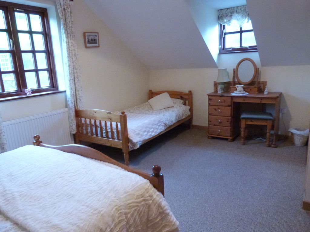 untitled holiday brecon wales mini week cottages rent co in beacons family minitravellers mid shoot wonderful to