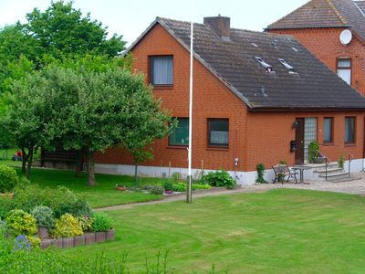 Photo for Holiday house for 10 guests with 150m² in Fehmarn OT Wenkendorf (12354)